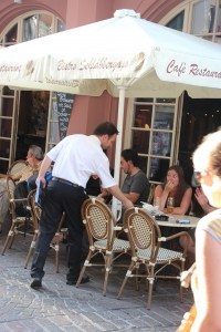 """worst waiter ever - zee attitude mit za side of cabbage """"please pay and leave"""""""